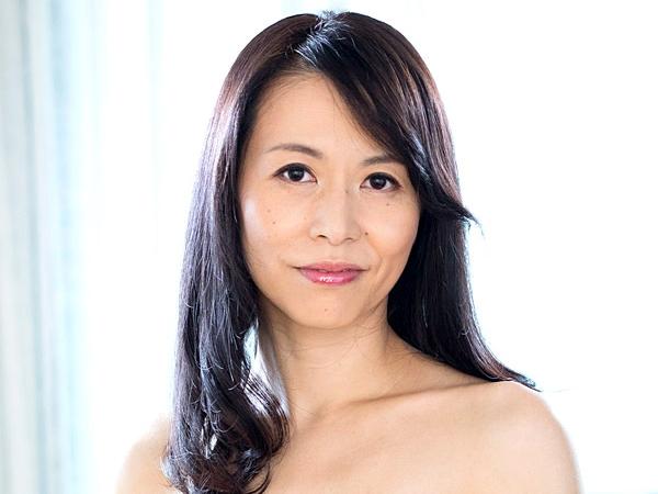 13gvg00207jp-10 「井上綾子」美人AV女優で熟女がハメまくりイキまくり!カーセックス・3P・騎馬位・フェラして熱気セックス!
