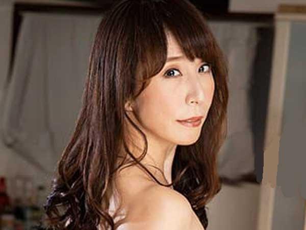 33konn00001jp-12 【澤村レイコ】美人AV女優がソープ風俗嬢なってアナルセックス。3P・バック・フェラして真面目セックス!