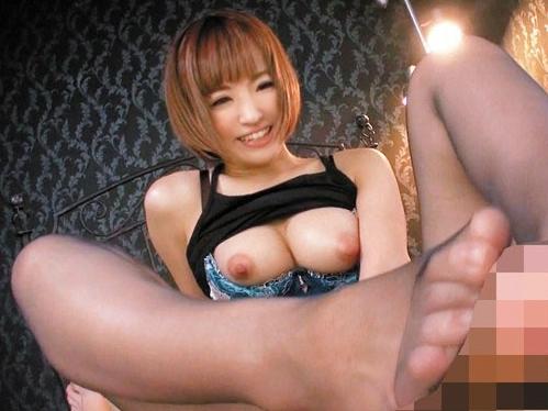 61bazx00075jp-18 『夏希みなみ・巨乳』美人OLが美脚パンストで誘惑!3P・騎馬位・フェラしてから性行為!
