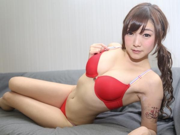 hunta00149jp-9 【涼川絢音】美人主婦が夫の近くで他人のチンポを挿入!バック・騎馬位・フェラして真面目セックス!