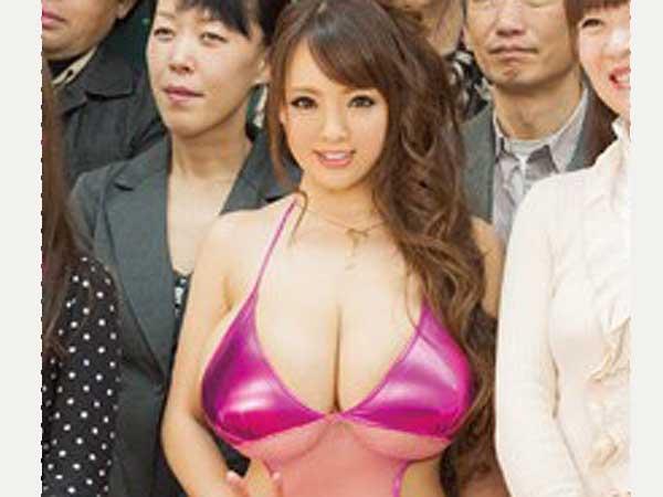 mdyd00895jp-8 <Hitomi(田中瞳)・巨乳爆乳>ボディコン美人の母親が学校で大乱交。3P・電マ・フェラしてエロエロセックス!